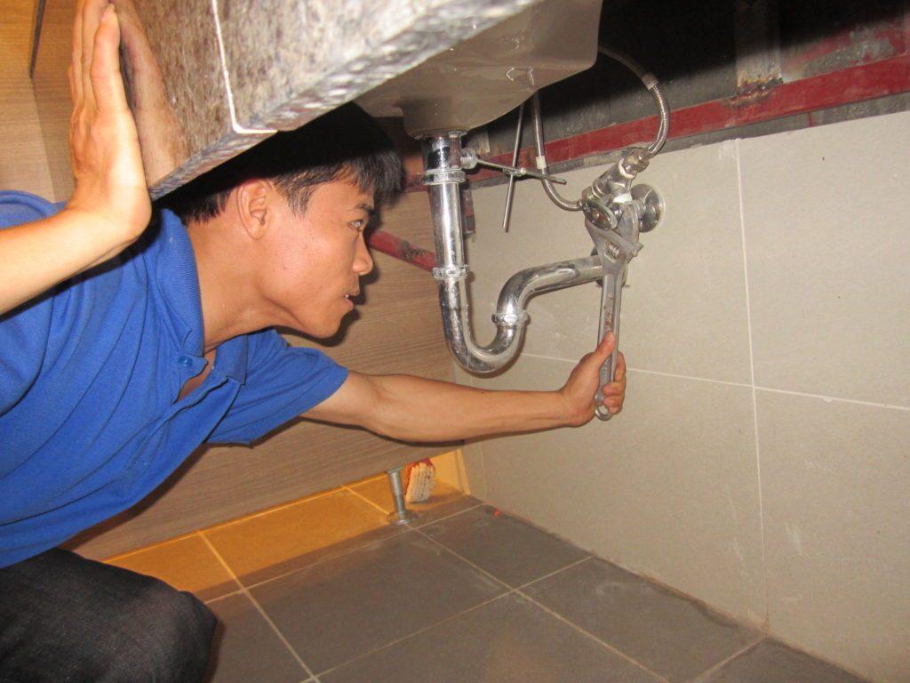 Tìm thợ sửa điện nước ở Hồ Tùng Mậu