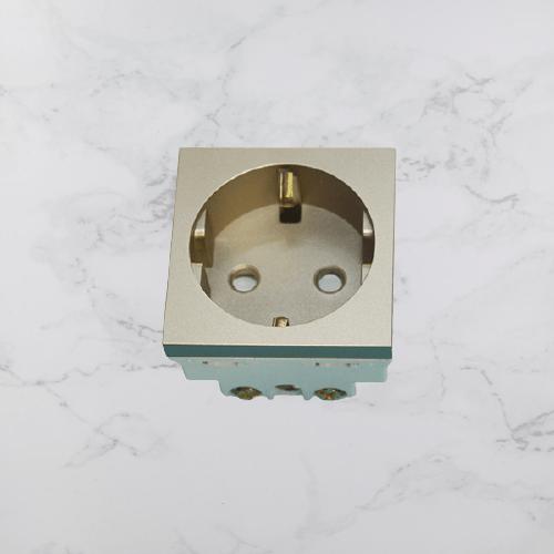 M5-F032(3)